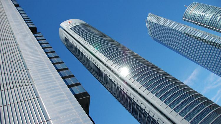 Stavby drápající se do mraků