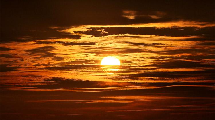 Slunce, zářivá hvězda plná energie