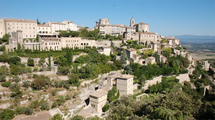Provence: kraj slunce, cikád a levandule
