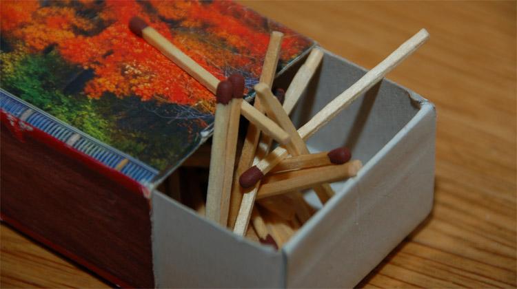 Oheň zavřený v malé krabičce